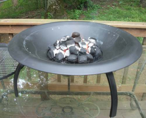 100 3049 The Soothing Company's Folding Fire Pit: Perfect for Camping and Grilling