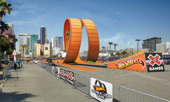 Double Loop Dare FINAL Rendering Low Res Team Hot Wheels Double Dare Snare Party