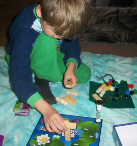 100 5265 Get those Creative Juices Flowing with Morphology Jr. Board Game