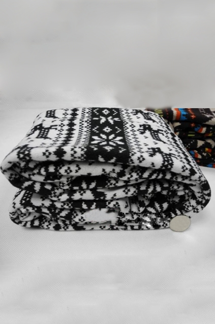 Chic-Stripes-with-Snowflake-Deer-Leggings