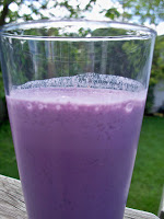 Blueberry Recipes: Blueberry Muffin Smoothie Thrify Recipes
