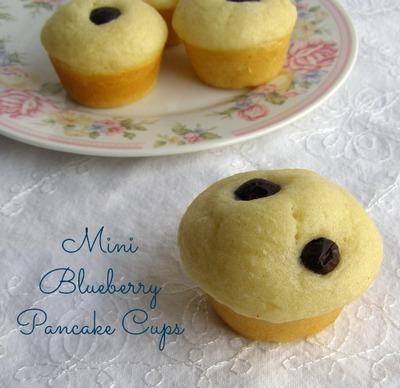Blueberry Recipes: Blueberry Pancakes