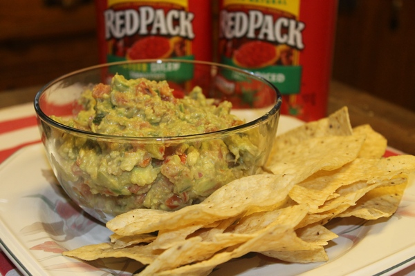 Guacamole Salsa: Perfect dip for summer parties!
