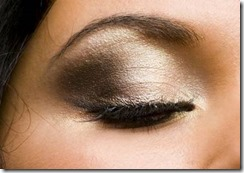 Look Stunning and Trendy This Fall with Our Makeup Tips