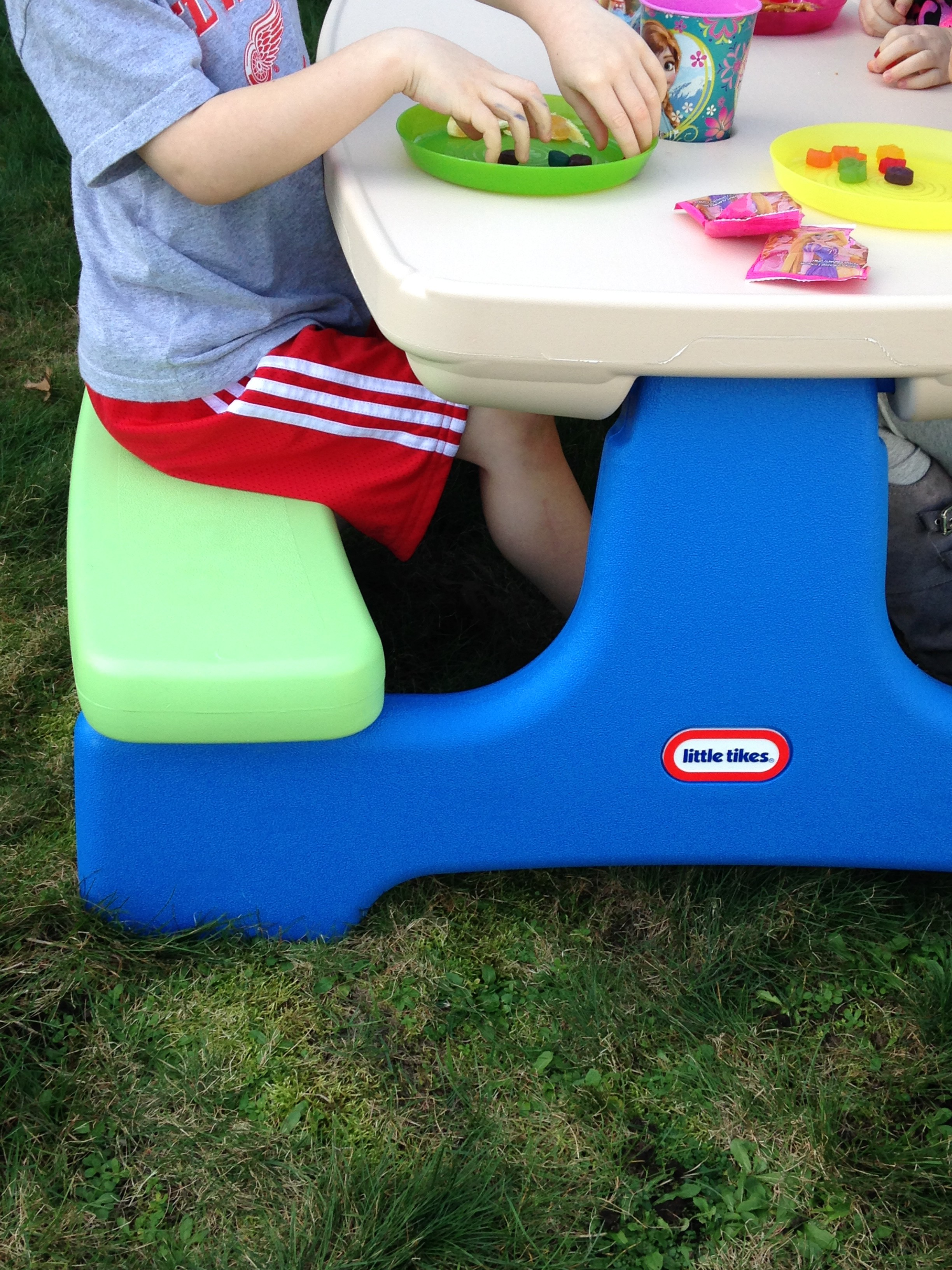 Tikes Easy Store Picnic Table for Indoor & Outdoor Fun