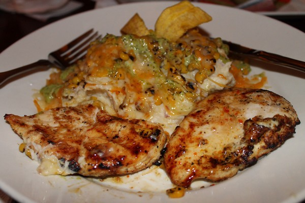 Bahama Breeze Grilled Chicken with Cilantro-Crema