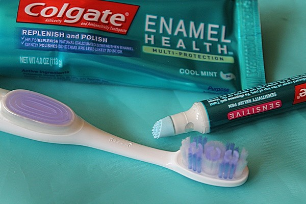Find New Relief For Your Sensitive Teeth pain with Colgate® Sensitivity Toothbrush + Built-In Sensitivity Relief Pen