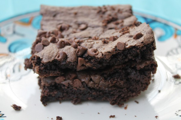 Super Fudge Brownie Recipe Made with Cake Mix