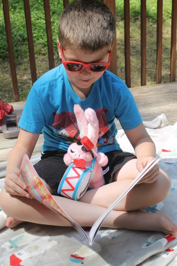 Scholastic Summer Reading Challenge: Hitting the deck on a sunny day to read about electricity with the Energizer Bunny
