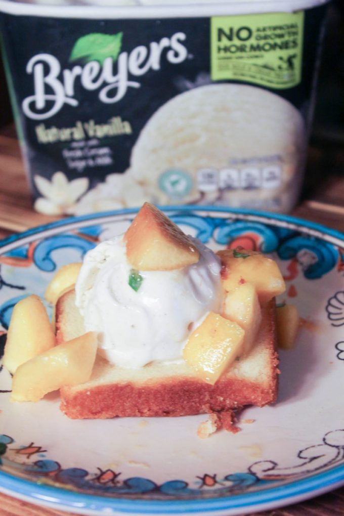 Pound Cake & Peaches Sundae Recipe (10 of 20)