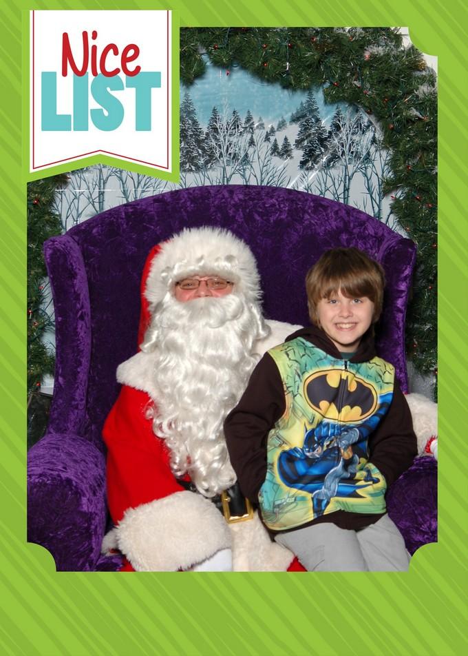 Make Beautiful Holiday Memories that Last at Cherry Hill Photo Santa Sets