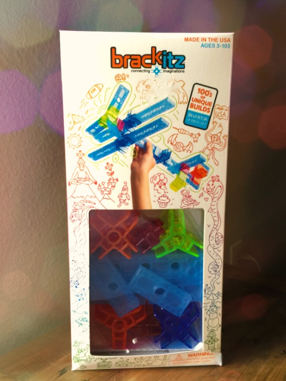 Know a child who loves to build? Let them create structures out of their wildest imaginations with Brackitz open-ended building sets! Check them out!