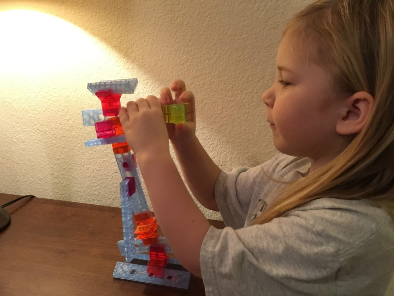 Unleash Your Child's Inner Frank Gehry with Brackitz Open Ended Building Sets!