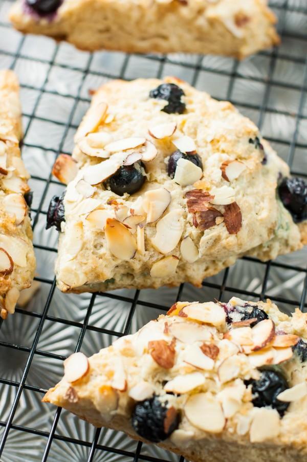 blueberry-almond-scones-recipe-PEASandCRAYONS-0125