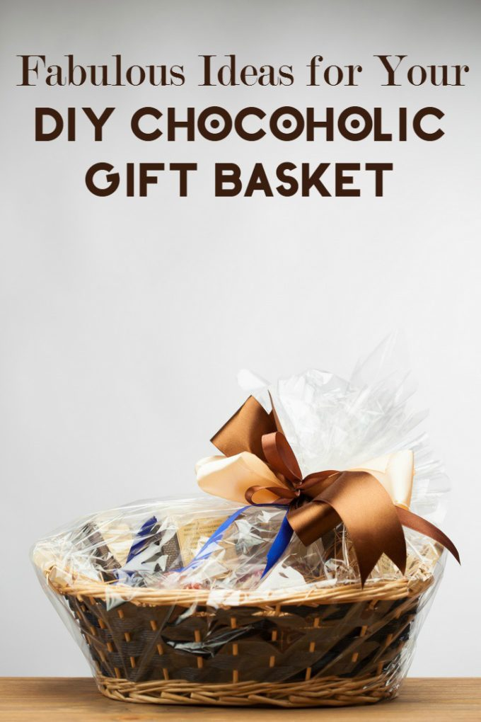 Need a great gift idea for that chocoholic in your life? How about a DIY gift basket? It's simple to pull off- even at the last minute- and works for everyone from moms to dads to grads. If you're really in a time crunch, a quick trip to the grocery store is all it takes to pull together something cute. With a little more time, though, you can really go all out.