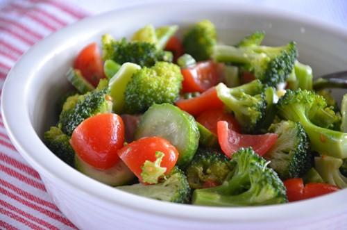 cucumber broccoli tomato salad (1)