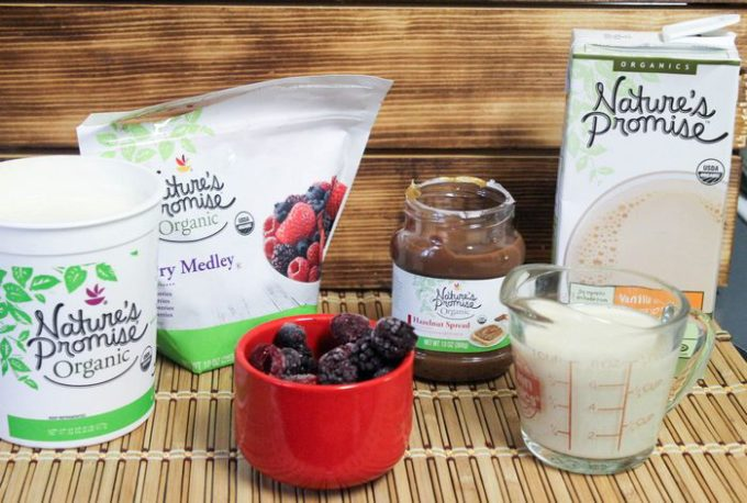 Natures Promise Organic Mixed Berry Protein Smoothie Recipe (2 of 8)