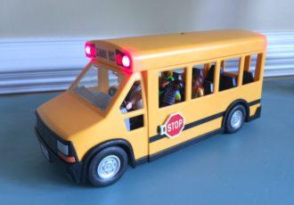 playmobil-school-bus-1