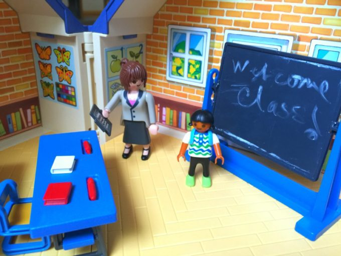 take-along-school-house-3