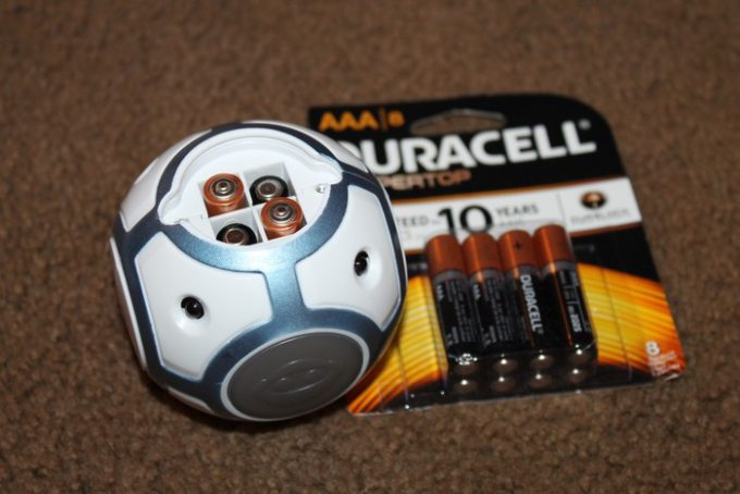 wowwee-chip-ball-with-batteries