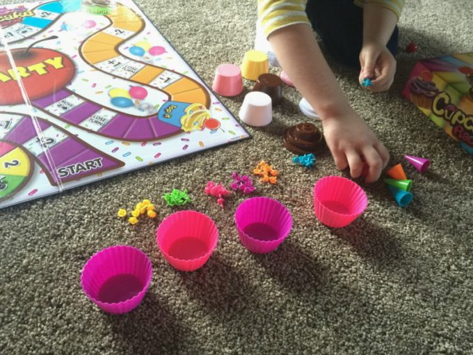 cupcake-race-board-game-for-kids-setting-up-the-pieces