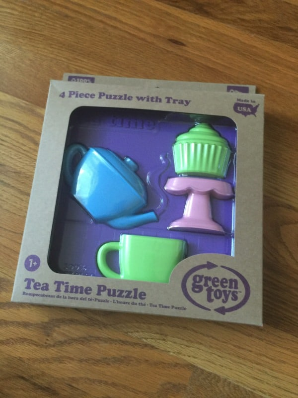 green-toys-tea-time-puzzle-in-box