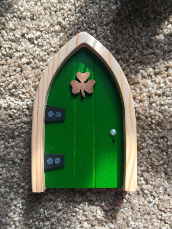 Start a fun new tradition with your family with the Irish Fairy Door! Makes a great gift idea for kids of all ages!