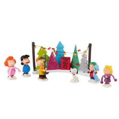 9 Charlie Brown Christmas Decorations To Spread A Little Love- Peanuts Figurines