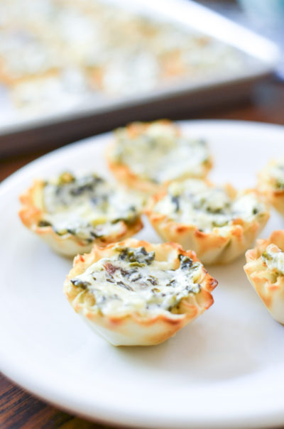 7 Of The Best Holiday Buffet Recipes- Mini Spinach Artichoke Tarts