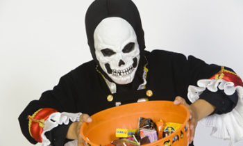 10 Trick or Treating Alternatives for Tweens Who Just Aren't Into it Anymore