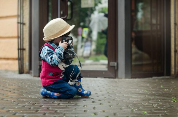 This short, informative post will equip you with all the necessary knowledge you need to start taking great photos of your kids right away, so let's dive right into it!