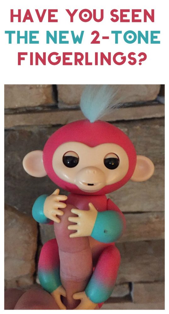 Have you seen the brand-new 2-tone Fingerlings Baby Monkeys? They are adorable! Check out my review!
