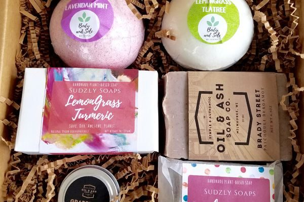 Sudzly 10 All-Natural Subscription Boxes Loaded with Organic Beauty Goodies