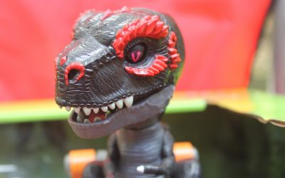 Hot Holiday Toy: Untamed Jailbreak Playset featuring Infrared T-Rex #TheUNTAMED