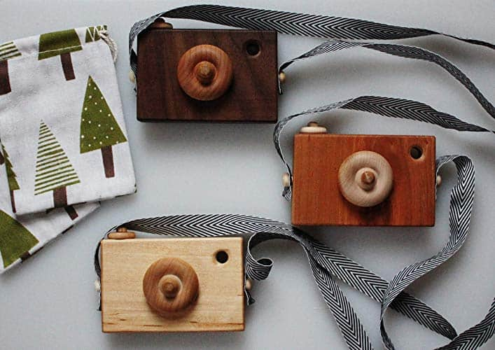 25 Beautiful Homemade Christmas Gifts Made by Other People (Because Not All of Us Are Crafty!)