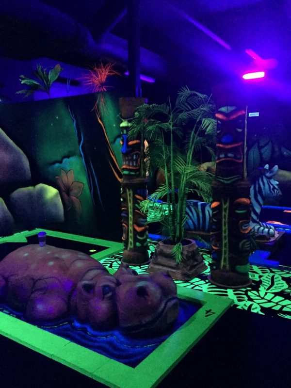 Kalahari Pocono Resort mini golf 2