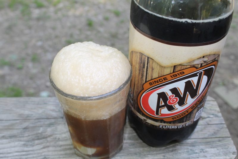 AW Root beer float 3 10 Totally Unplugged Alternatives to Family Movie Night