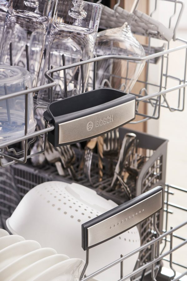 CRYSTALDRY Bosch 1 The Bosch 800 Series Dishwasher Will Make You Want to Dump Your Current Hunk o' Junk!