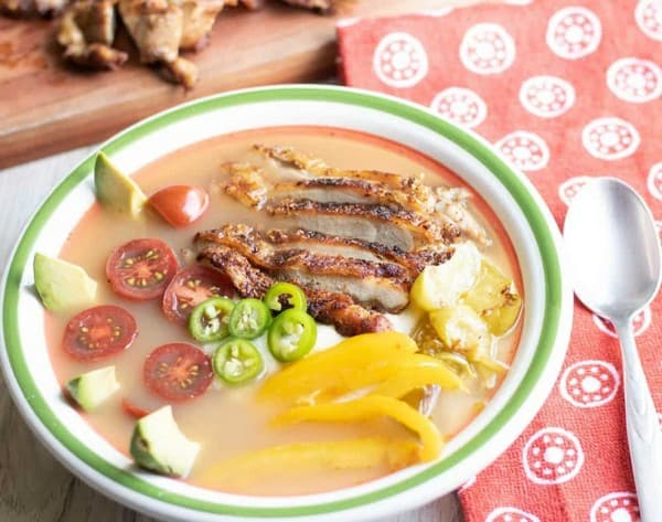 .Southwestern Deconstructed Chicken Keto Soup Bowl