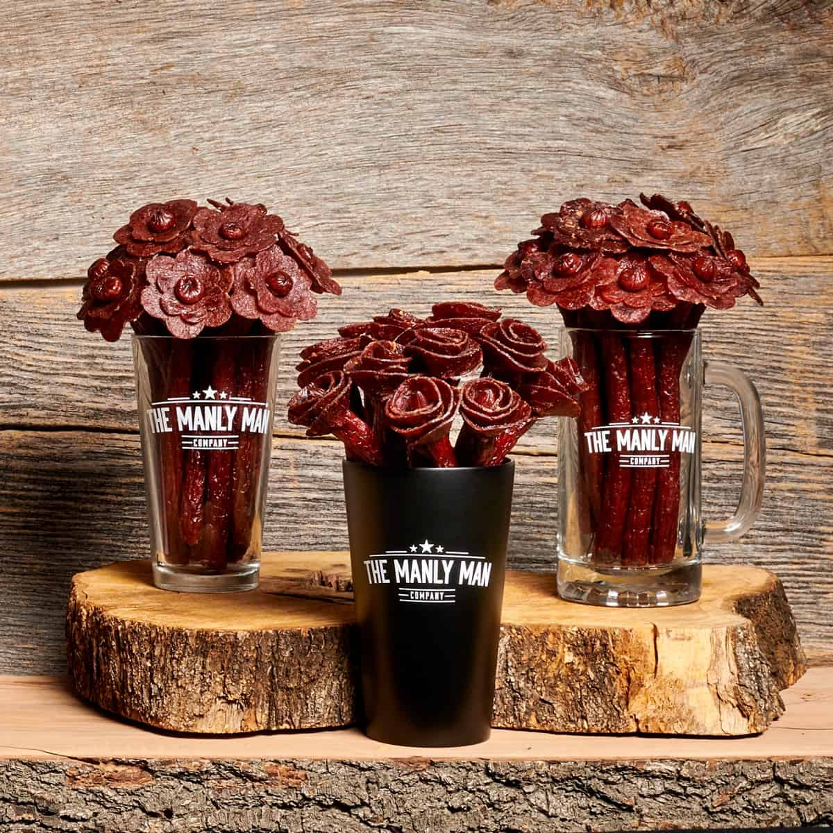 Think your guy doesn't want flowers for Valentine's Day? You haven't seen the Manly Man Company' beef jerky bouquet yet! Trust me, he'll want these flowers!