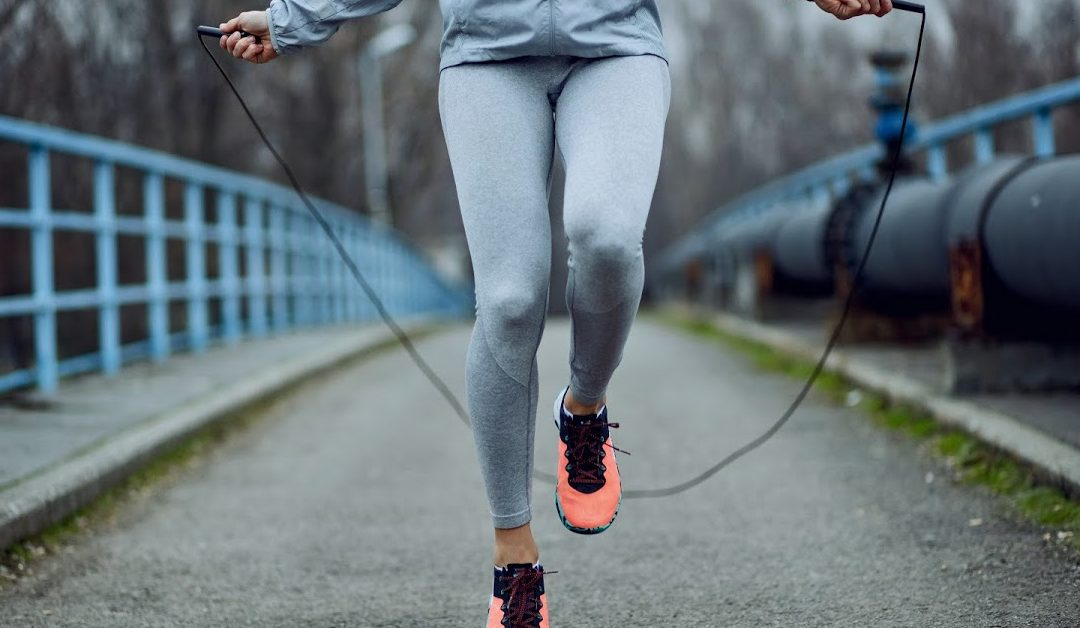 7 Workouts You Can Do Outside Alone