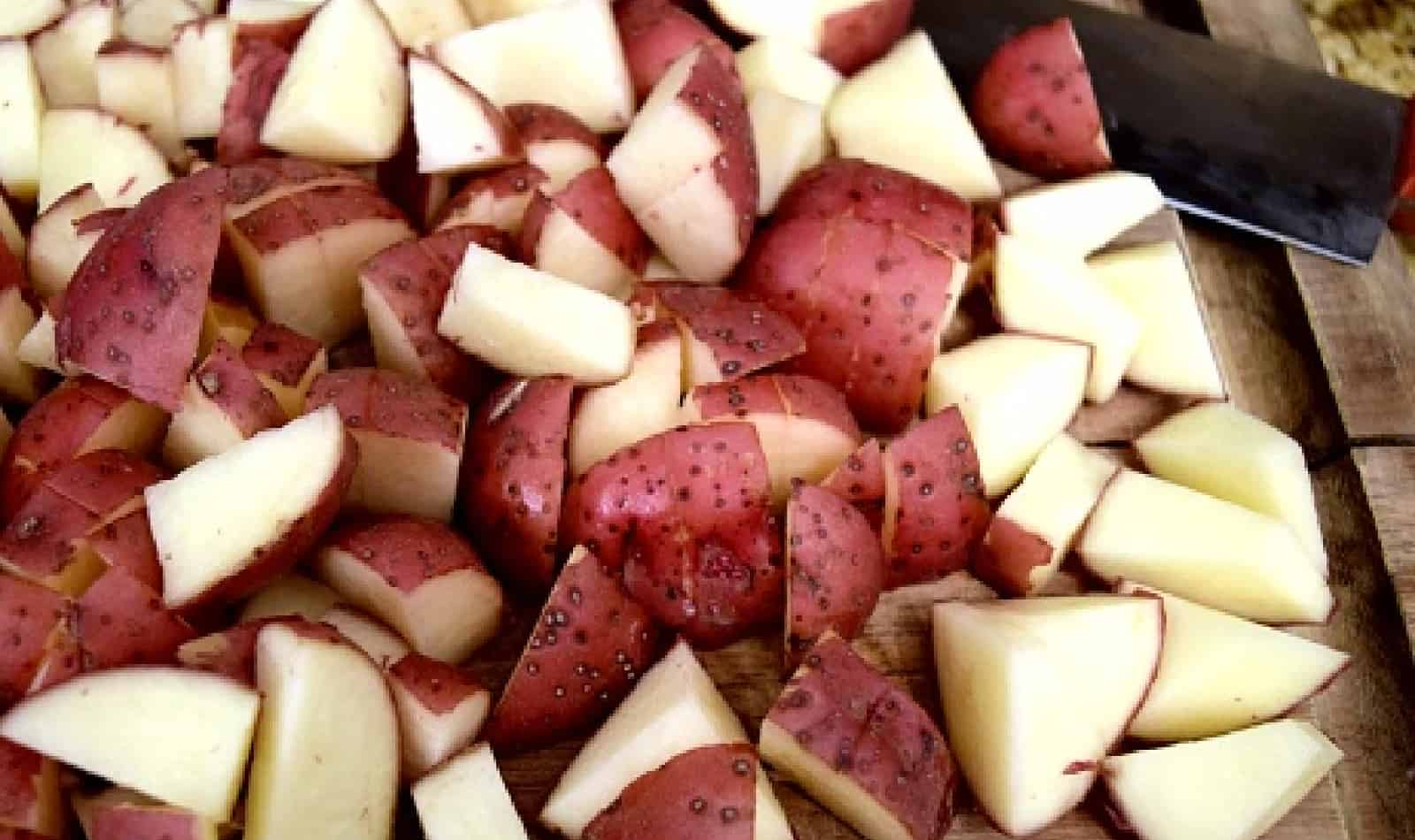 Cutting red potatoes